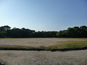 鳥羽伏見の戦いの激戦地となった付近。今は鳥羽離宮跡公園となっている。