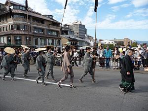 徳川城使上洛列。時代劇でよく見かける行列のようです。