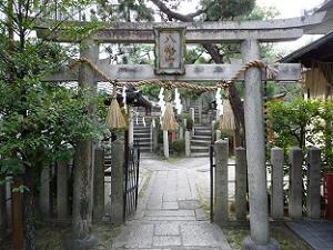 源義経の奥州平泉への旅立ちの地・首途八幡宮