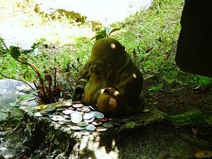 長楽寺の小さな布袋尊