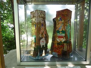 滝尻王子(左)と発心門王子(右)