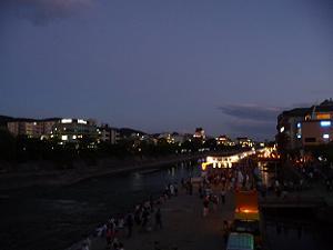 三条大橋から見た鴨川