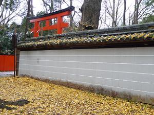 河合神社の塀