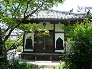 栄春寺の観音堂
