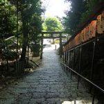 銀閣寺の北にひっそりと建つ八神社