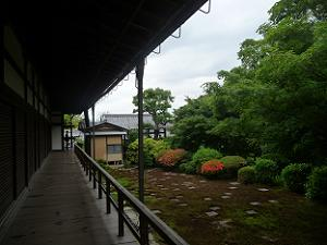 廊下と北庭