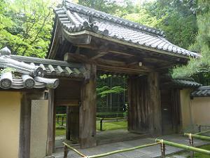 高桐院の入り口
