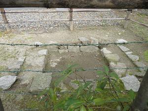 地下通路の跡