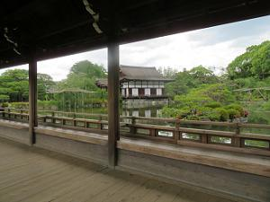 泰平閣から眺める東神苑