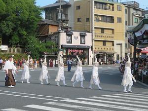 鷺踊の子供たち