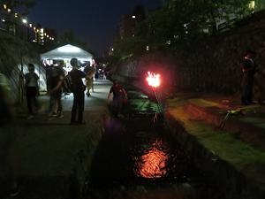 堀川とかがり火