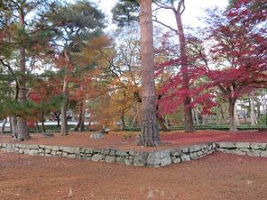 三門跡の紅葉