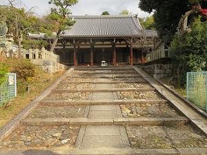 宝塔寺の本堂