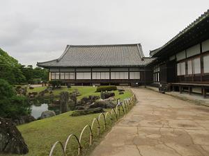 二の丸御殿と二の丸庭園