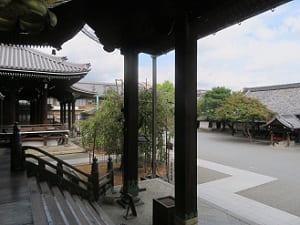 阿弥陀堂の柱