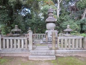 豊臣国松の墓