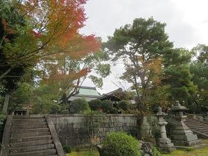 石段と紅葉