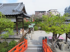 法成橋と善女龍王社