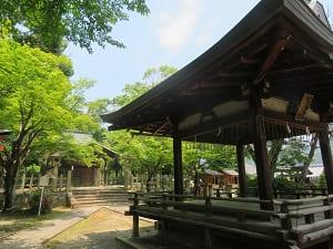 竹中稲荷神社の境内