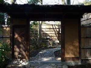 山亭の入り口