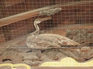 鶴の彫り物